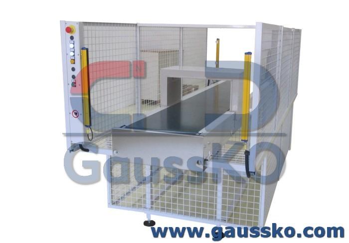 Motorized demagnetizer for loading and unloading